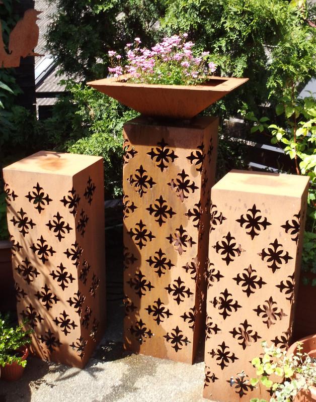Metall dekorationsartikel lichts ulen feuerschalen und for Deko aus rostigem blech