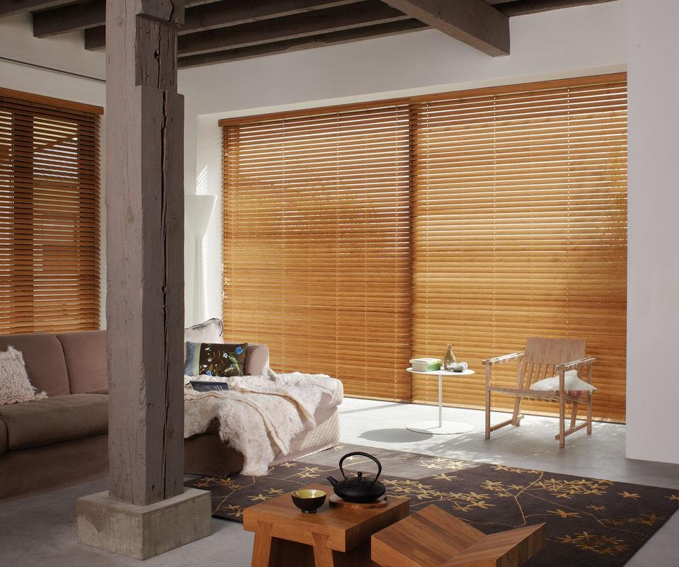 jalousien jalousien als sonnenschutz sichtschutz und. Black Bedroom Furniture Sets. Home Design Ideas