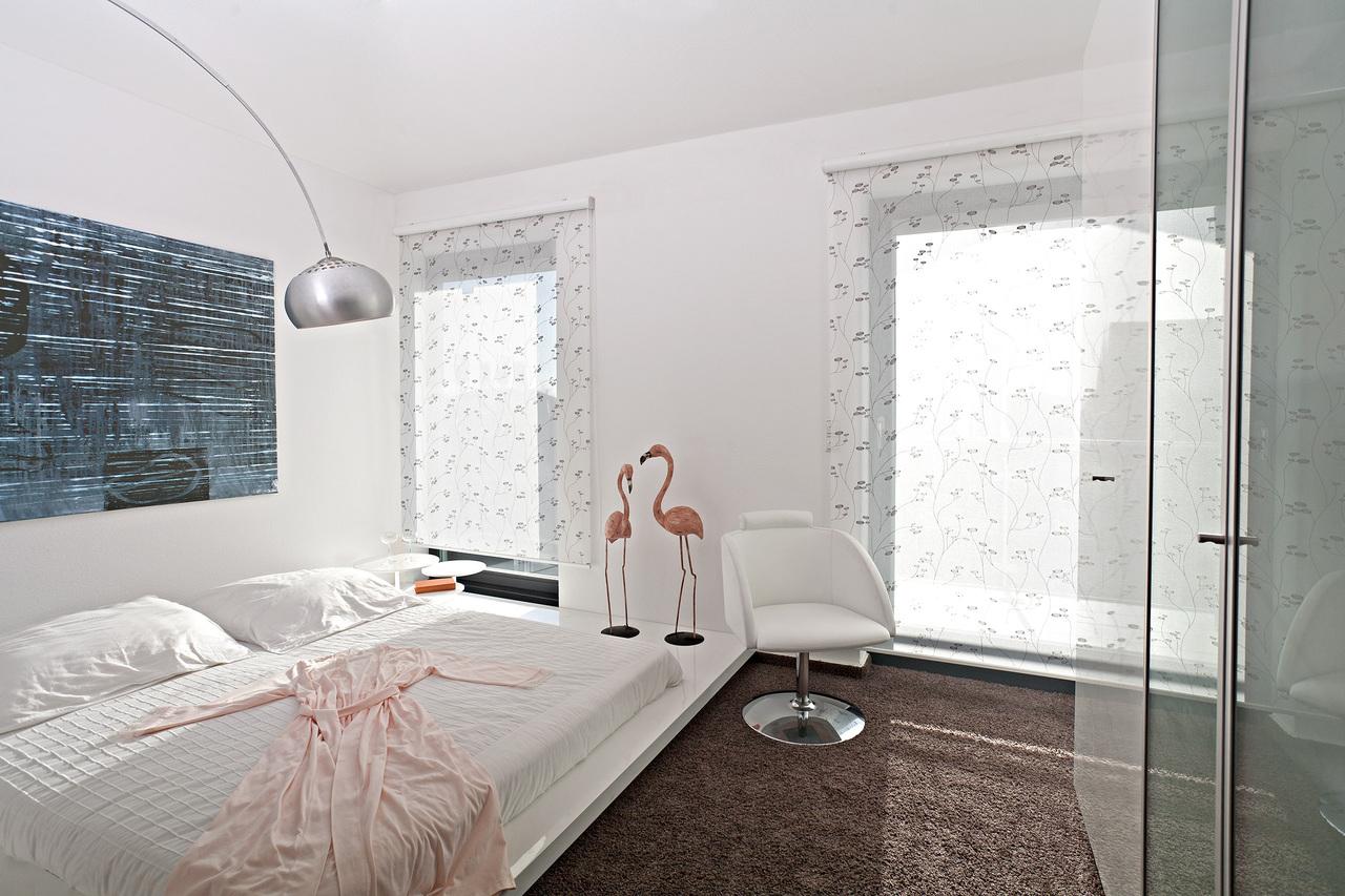 luxaflex plissee montage elegant galerie fotos alugard erfal germania ifasol kadeco luxaflex. Black Bedroom Furniture Sets. Home Design Ideas